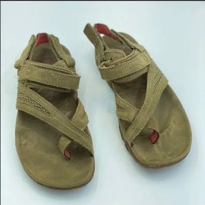 Merrell Tan Sandals Suede Size 5